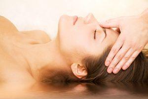 shutterstock_2654763 massaggio fronte profilo
